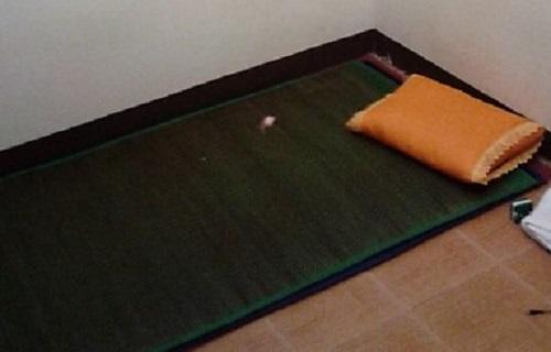Basic slapen op een dun matje