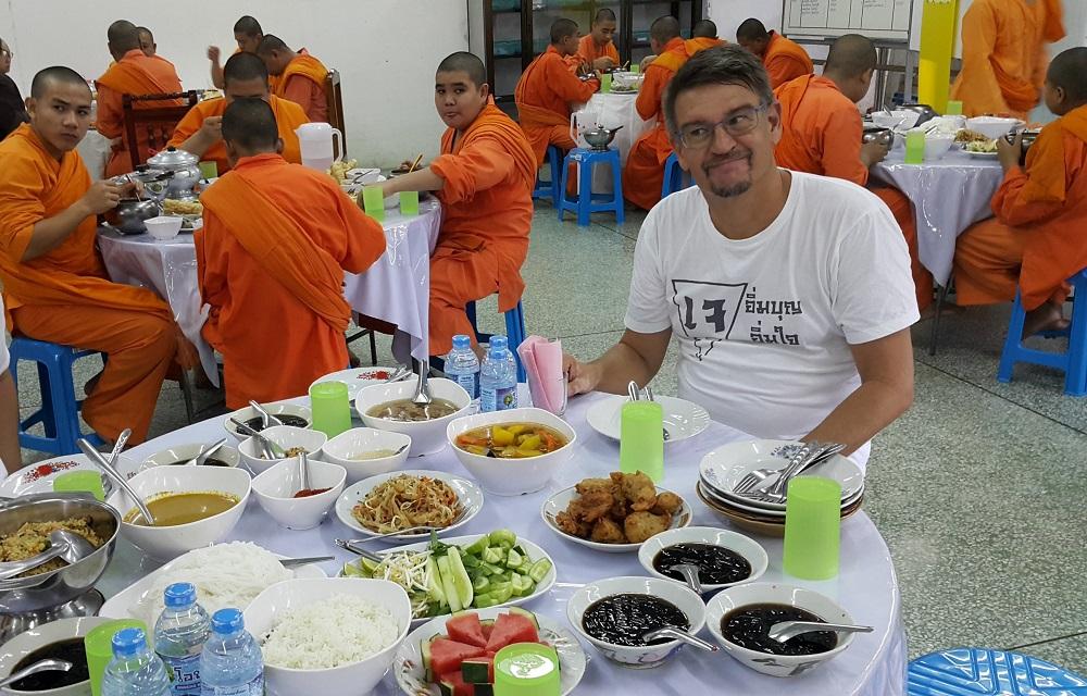 eten in de tempel