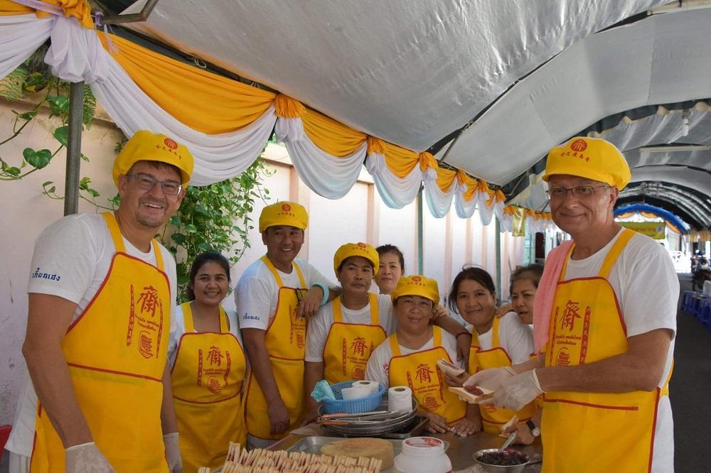 vrijwilligers Hat Yai