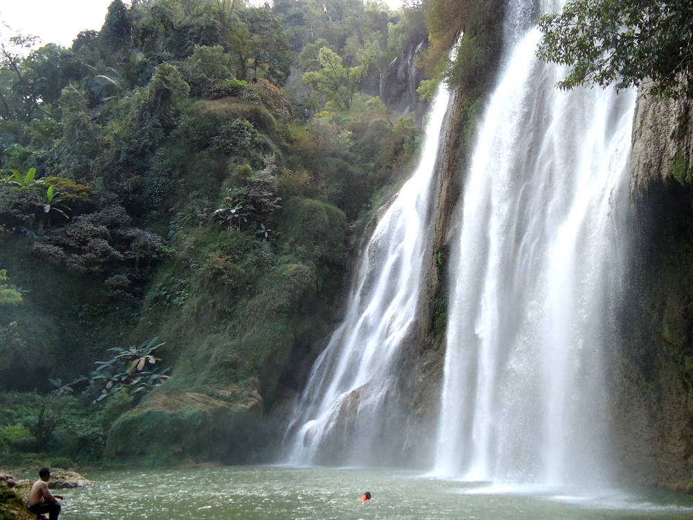 hoogste-waterval-thailand
